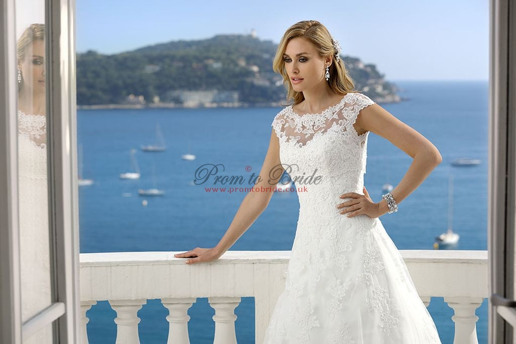 Funky Ladybird Wedding Dresses Images - Womens Dresses & Gowns ...
